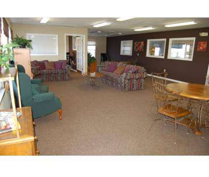 3 Beds - Creekside Apartments at 2901 North Elgin St in Muncie IN is a Apartment