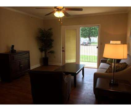2 Beds - Willow Run Apartments at 517 Douglas Ln in Clinton TN is a Apartment