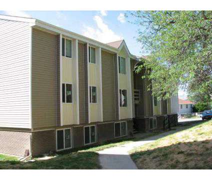 2 Beds - Summit Apartments at 1724 South Von Elm in Pocatello ID is a Apartment