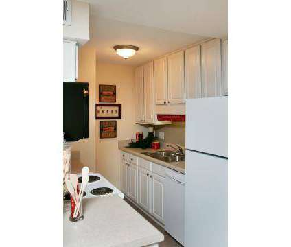1 Bed - Empire Crossings at 300-a Montrose Drive in Greensboro NC is a Apartment