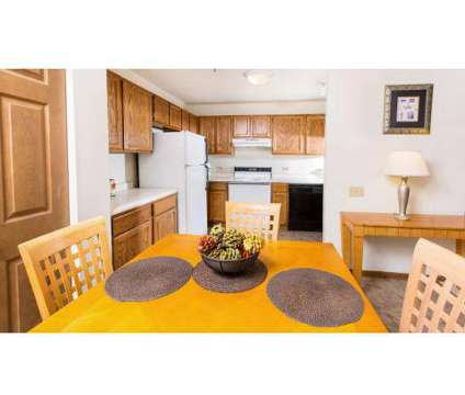 2 Beds - Foxwood Crossing at 4500 S 124th St in Greenfield WI is a Apartment