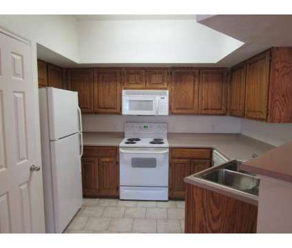 3 Beds - Alemeda Villas at 2950 Alemeda St in Fort Worth TX is a Apartment