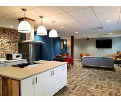 Studio - Country Club on 6th at 2500 West 6th St in Lawrence KS is a Apartment