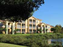2 Beds - The Lakes at College Pointe
