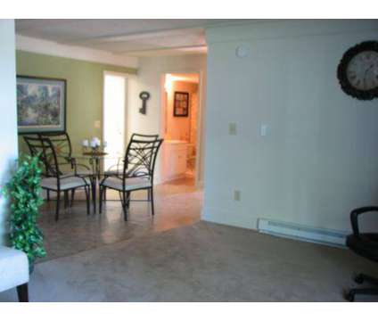 3 Beds - Saratoga Place Apts at 3401 Queensway Drive in Erlanger KY is a Apartment