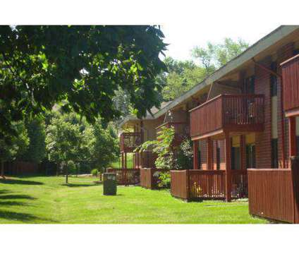 1 Bed - Gray's Lake Apartments at 2800 Fleur Drive in Des Moines IA is a Apartment