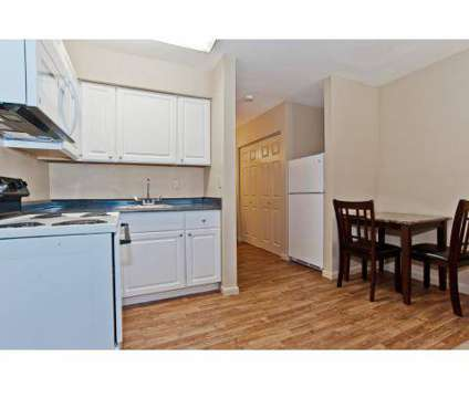 Studio - Warren Inn - Haltom City at 5000 Denton Hwy in Haltom City TX is a Apartment