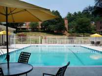 3 Beds - Rollingwood Apartments