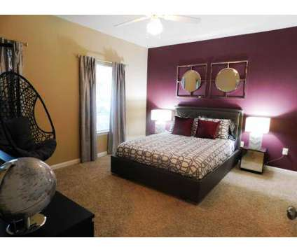 2 Beds - The Vineyard of Olive Branch at 9400 Goodman Rd in Olive Branch MS is a Apartment