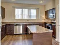 2 Beds - Avignon Townhomes
