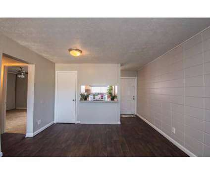 2 Beds - Whispering Oaks at 4800 Atlantic Boulevard in Jacksonville FL is a Apartment