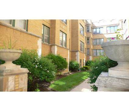 3 Beds - Oak Park Regional Housing Center at 1041 South Blvd in Oak Park IL is a Apartment