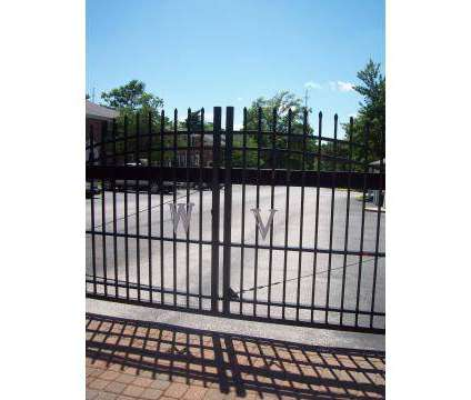 3 Beds - Warson Village Townhouse Apartments at 1000 Darwick Court in Creve Coeur MO is a Apartment