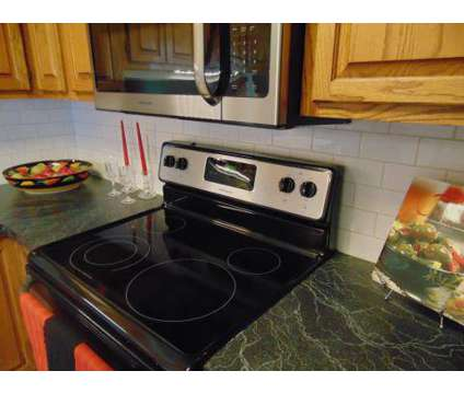 2 Beds - Kerner Mill Townhomes at 195-a Willow Bend Ct in Kernersville NC is a Apartment