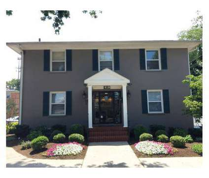 3 Beds - Double Tree Apartments at 1544 Meade Ct in Lexington KY is a Apartment