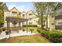 1 Bed - Briarhill Apartment Homes