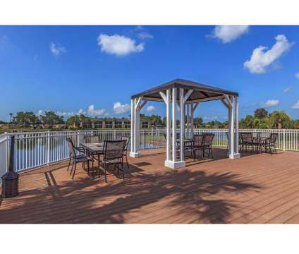 2 Beds - Fountain Lake at 5620 Fountain Lake Cir in Bradenton FL is a Apartment