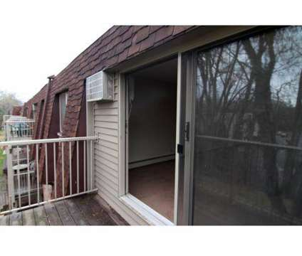 2 Beds - Parkview Estates at 1430 100th Ave Nw in Coon Rapids MN is a Apartment