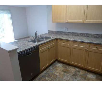 3 Beds - East Bay Village at 1877 W Eastbay Parkway in Essexville MI is a Apartment
