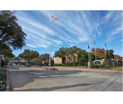 2 Beds - Southern Oaks at 5500 S Hulen St in Fort Worth TX is a Apartment