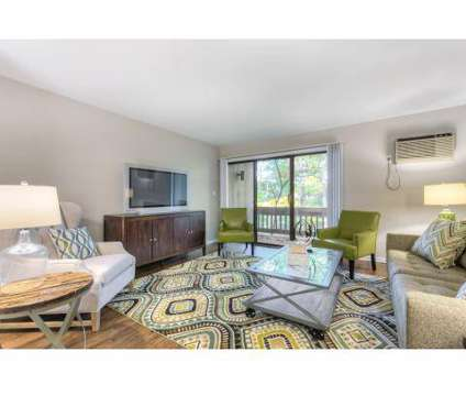 2 Beds - Woodlake Apartment Homes at 2471-04 Woodlake Rd in Wyoming MI is a Apartment