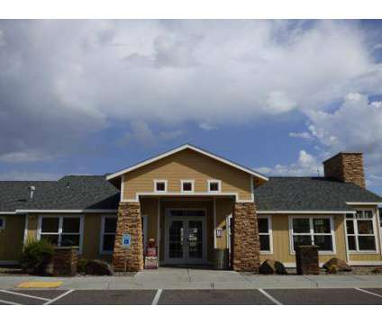2 Beds - Villages at Chapel Hill at 6305 Chapel Hill Boulevard in Pasco WA is a Apartment
