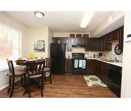 3 Beds - Canterbury Townhome Apartments at 772 Pointe South Parkway in Jonesboro GA is a Apartment