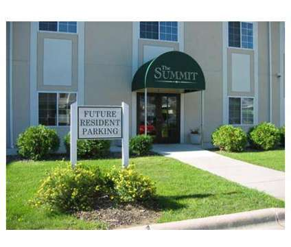 3 Beds - Summit Townhomes at 1500 Mcandrews Rd West in Burnsville MN is a Apartment