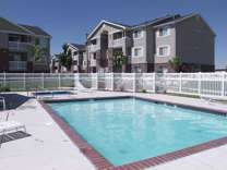 2 Beds - Country Oaks Apartments
