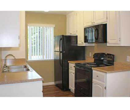 3 Beds - North Creek at 8680 North Cedar Avenue in Fresno CA is a Apartment