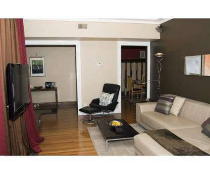 2 Beds - Buckingham/Balmoral at 3103 N Meridian St in Indianapolis IN is a Apartment