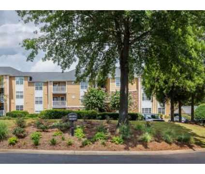 3 Beds - The Hamptons at East Cobb at 1523 Roswell Road in Marietta GA is a Apartment