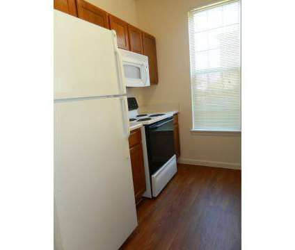 3 Beds - Southwind Lakes at 8210 Storr Dr in Memphis TN is a Apartment