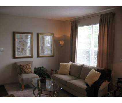 2 Beds - Sylvan Lakes at 4045-a Langston Place in Sylvania OH is a Apartment