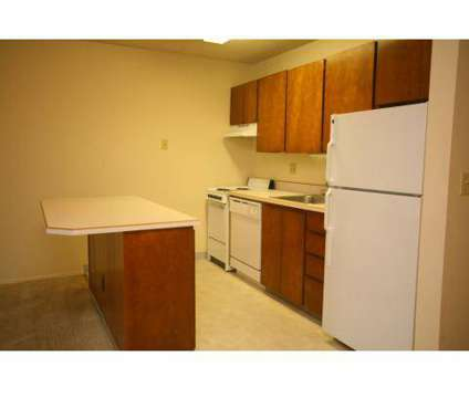 Studio - Beaver Creek at 12270 Sw Center St in Beaverton OR is a Apartment