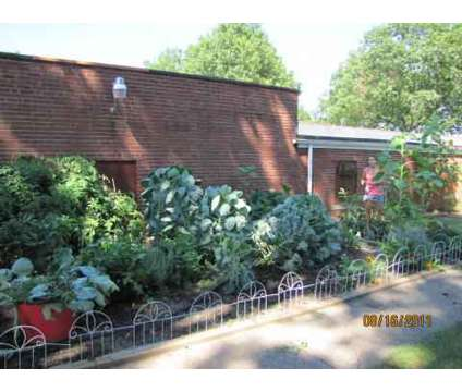 2 Beds - Parkview Apartments at 515 Nome Ave #2 in Akron OH is a Apartment