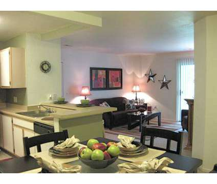 3 Beds - Bridgewater Park at 5801 Bridgewater Dr in Clarkston MI is a Apartment