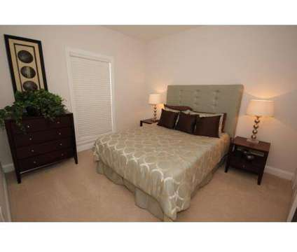 3 Beds - Charleston Court at 5450 Glenridge Drive Ne in Atlanta GA is a Apartment