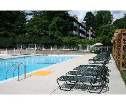 2 Beds - Hyland Hills Apartments at 275 Oakville Dr in Pittsburgh PA is a Apartment