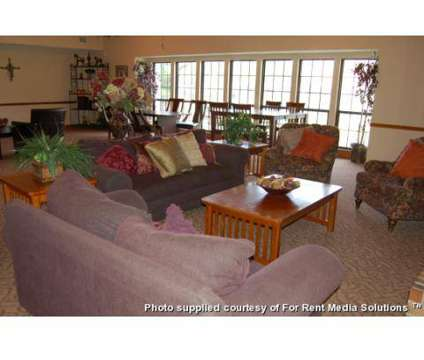1 Bed - Willow Glen East at 9955 Fullbrook Dr in Indianapolis IN is a Apartment