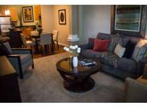 2 Beds - Lyndale Plaza