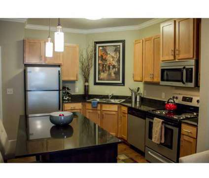 3 Beds - Lyndale Plaza at 6401 Lyndale Avenue S in Richfield MN is a Apartment