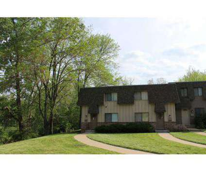 2 Beds - Knollwood at 4700 N Highland in Kansas City MO is a Apartment