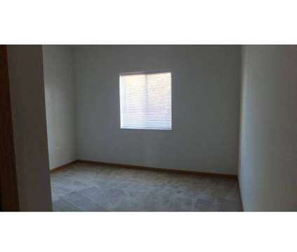 3 Beds - Steeplechase Apartments & Twinplexes at 1140 Steeplechase Cir #10e in Toledo OH is a Apartment