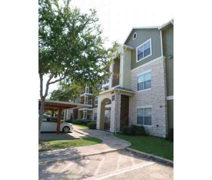 3 Beds - Limestone at 14723 West Oaks Plaza in Houston TX is a Apartment