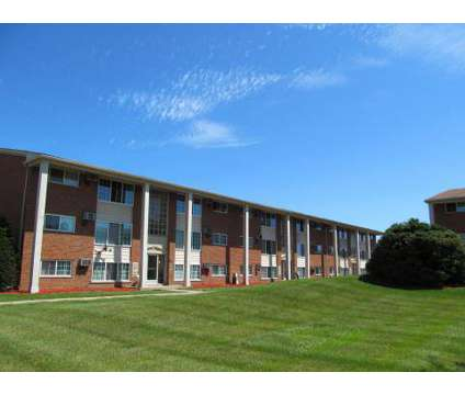 2 Beds - Utica Square Apartments at 17134 E 13 Mile Road in Roseville MI is a Apartment