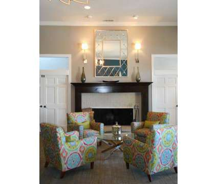 2 Beds - The Racquet Club at 3900 Crosby Dr in Lexington KY is a Apartment