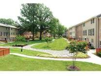 2 Beds - Arbor Park of Alexandria