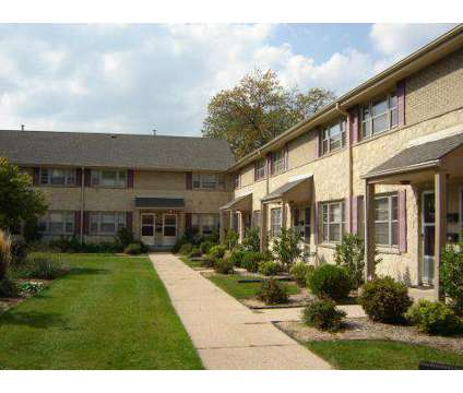 2 Beds - Bay Village Townhomes at 240 E Chateau Place in Whitefish Bay WI is a Apartment