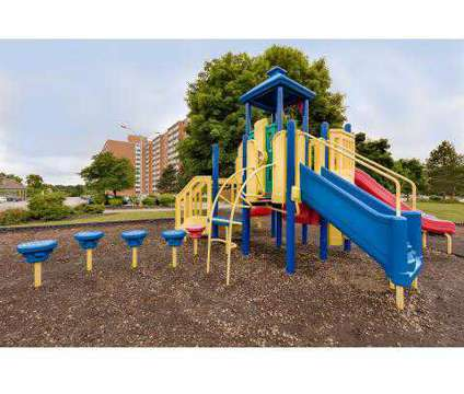 3 Beds - Pine Ridge Apartments at 2252 Par Ln in Willoughby Hills OH is a Apartment